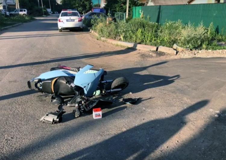 В Балаково подросток на мотороллере нарушил ПДД и был госпитализирован
