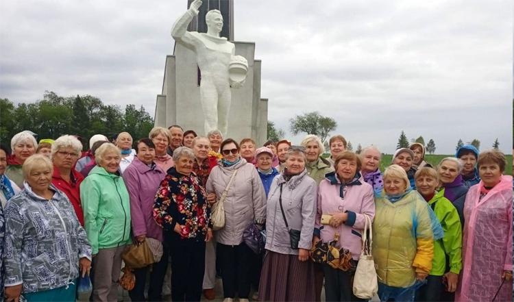 Ветераны Балаково высоко оценили Парк покорителей космоса