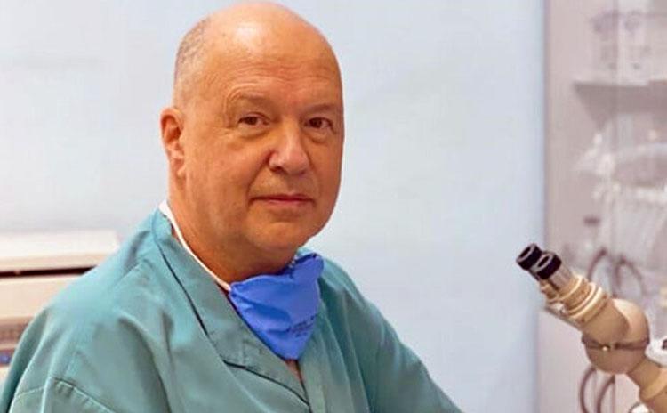 Вирусолог предложил не допускать в самолеты людей без прививки от ковида