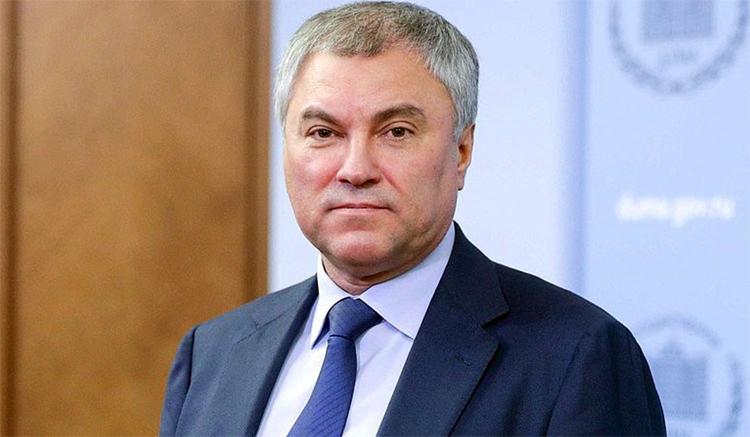 Вакцинация от ковида в РФ будет необязательной и бесплатной