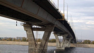 Упавшая с Моста Победы в Балаково женщина до сих пор не найдена