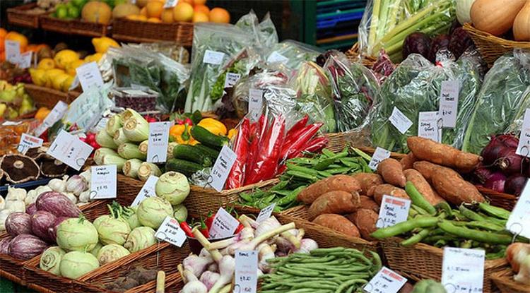 Где дешевле куры в Балаково? Сегодняшний мониторинг цен на основные продукты