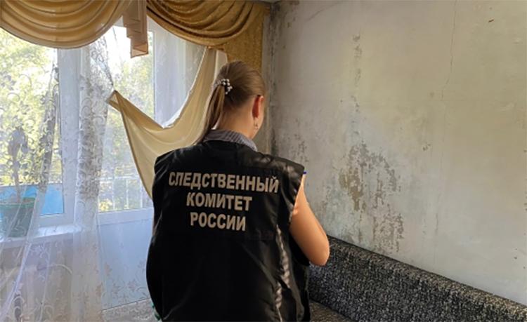 На улице Комарова в Балаково нашли мертвого мужчину